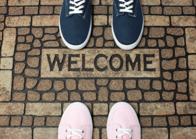 10 Things You Should Include in Your Welcome Pack